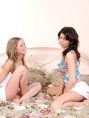 Stunning hotties indulge in having nasty threesome sex