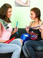Deepthroat practice from two pervert teenies