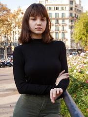 Lara Maiser Barcelona Cosmopolitan