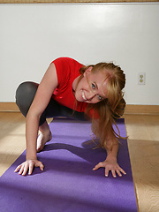 Flexible gymnastic girl masturbation