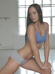 Kari Sweets sex yoga