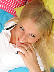 This cute blonde 18 yr old gets creamed up nicely in these hot photos
