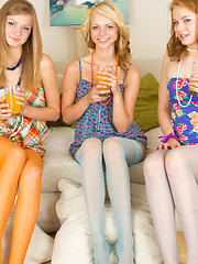 Three teen babes posing