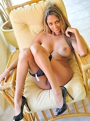 Saima gets naked and plays