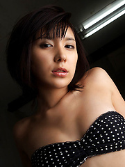 Miu Nakamura Asian tempts any man with her hot curves in lingerie