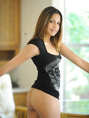 Lilah gets naked and shows off her petite body