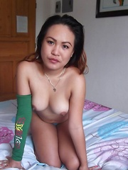 Wild Filipina babe savors white cock in her mouth and pussy