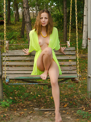 She just loves swings so much, she just got horny from sitting on one and she is so hot and amazing while horny.