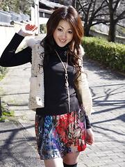 Arousing dark haired Yu Yamashita poses in park